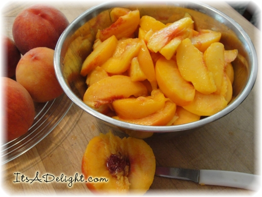 Sliced Peaches! - It's A Delight.com